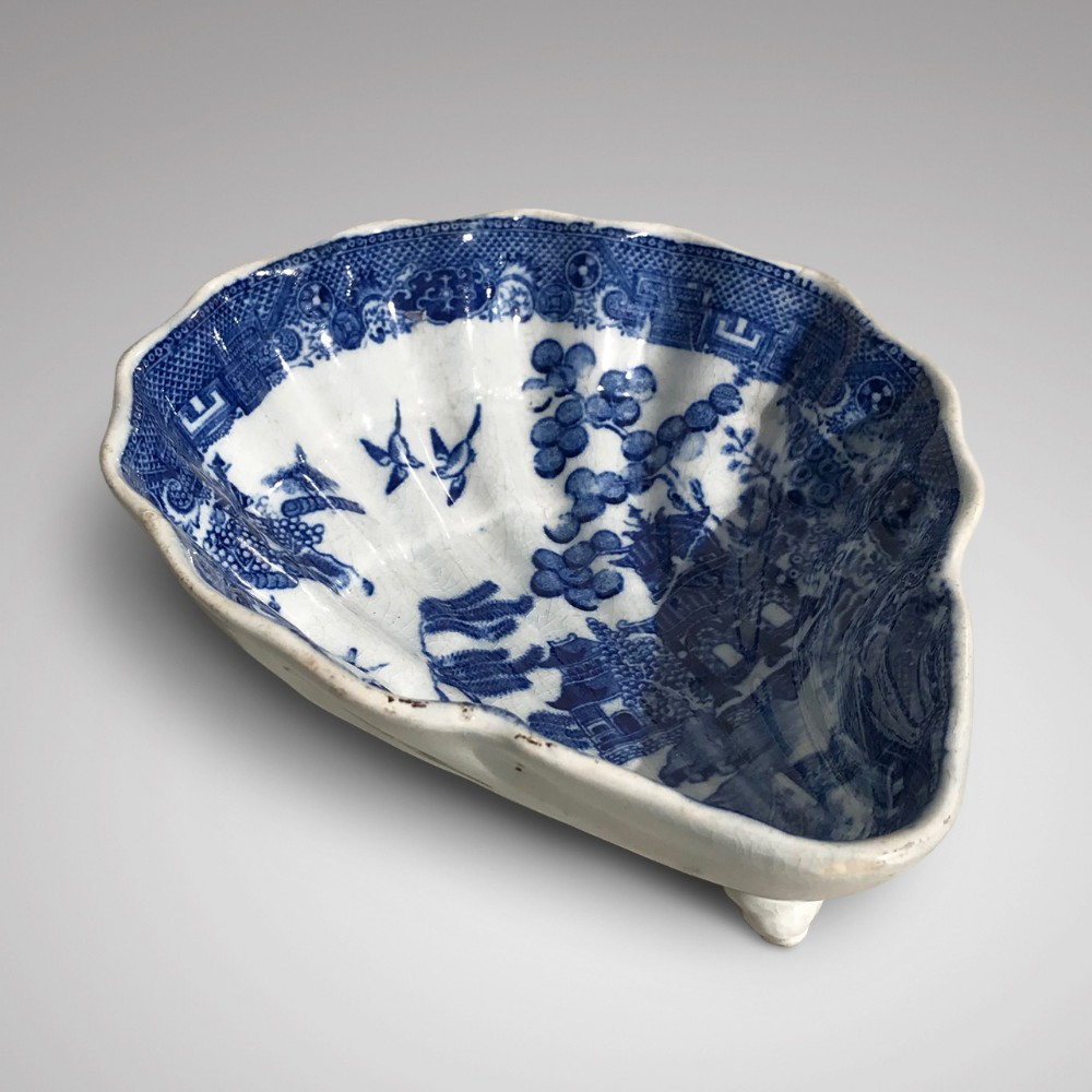 19th century staffordshire blue and white pickle dish