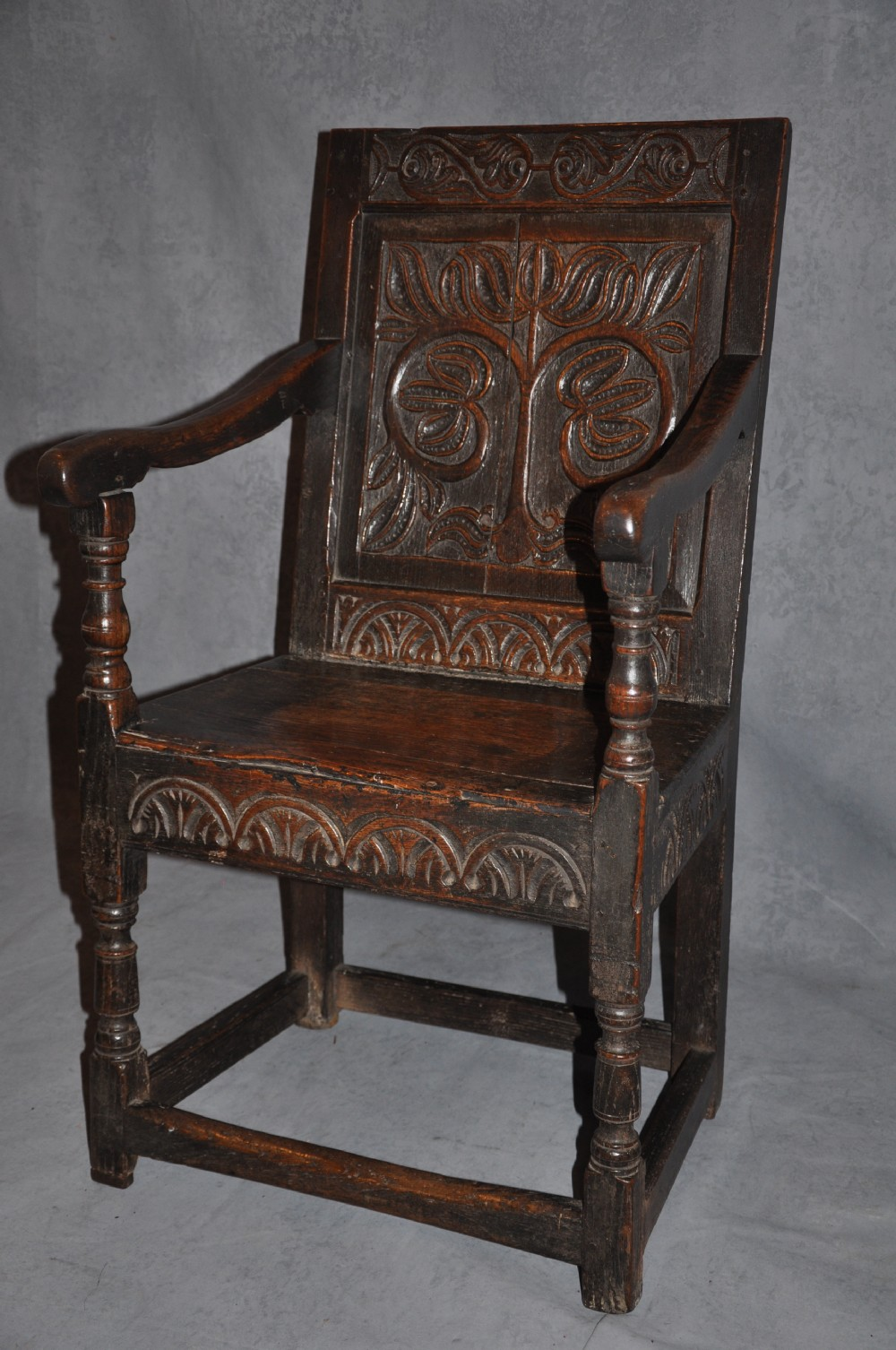 Early 17th Century Oak Wainscot Chair