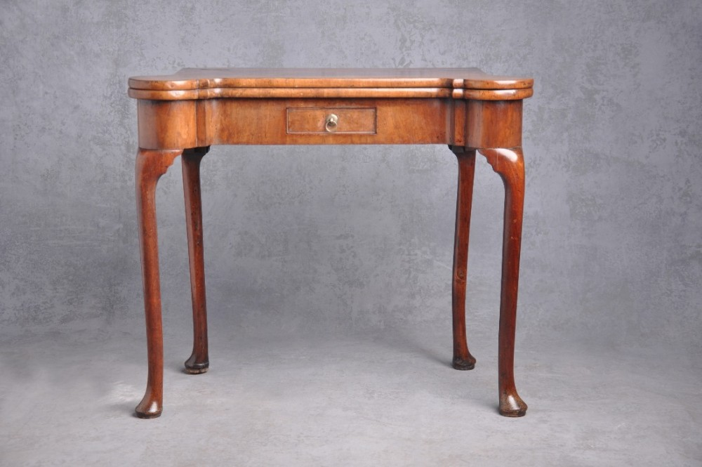fine 18th century walnut card table