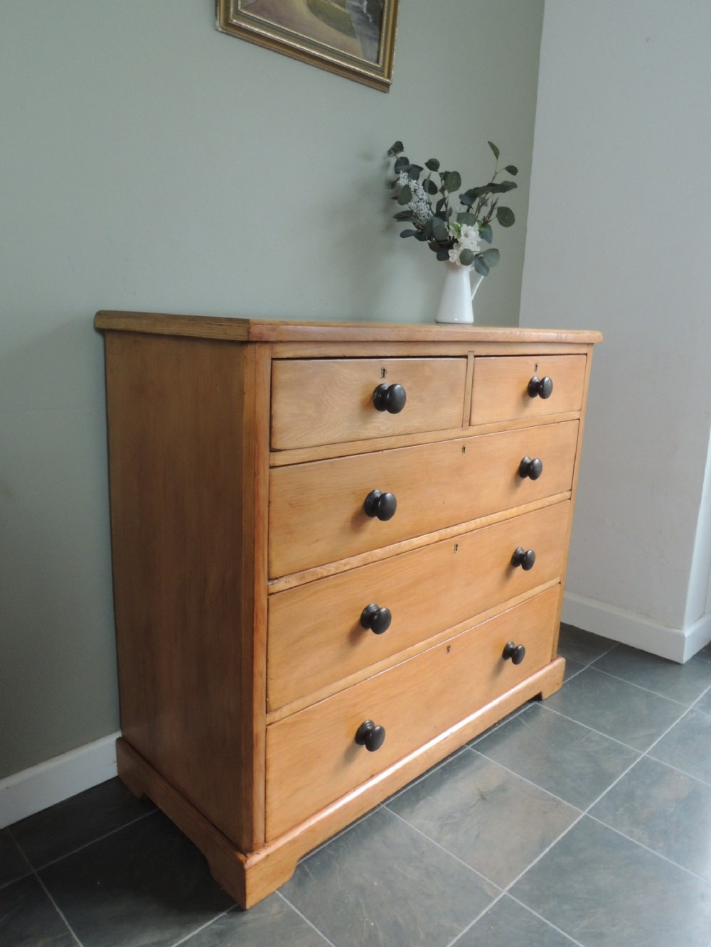 absolutely beautiful victorian solid pine chest of drawers extra wide