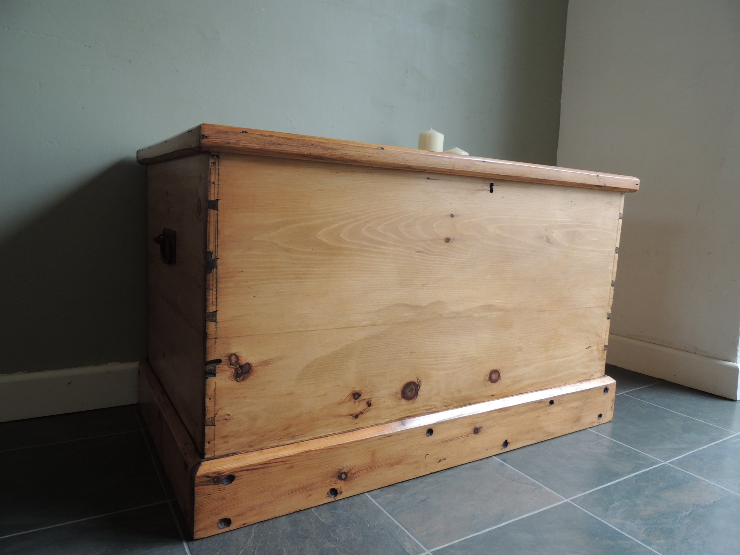 lovely large antique solid pine victorian chest blanket box