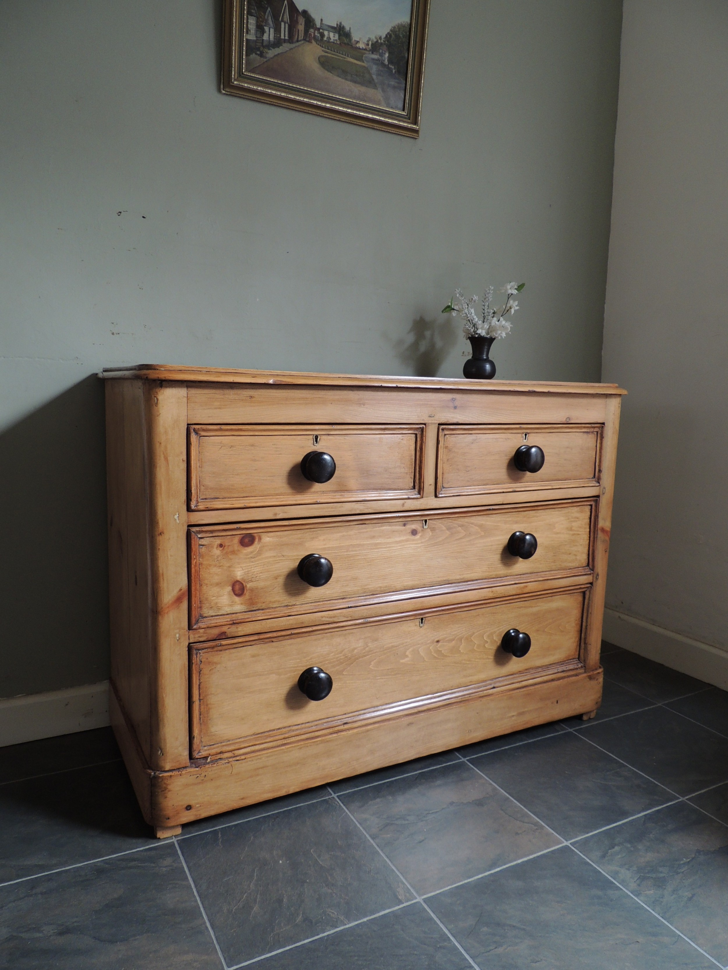 beautiful solid pine victorian chest of drawers