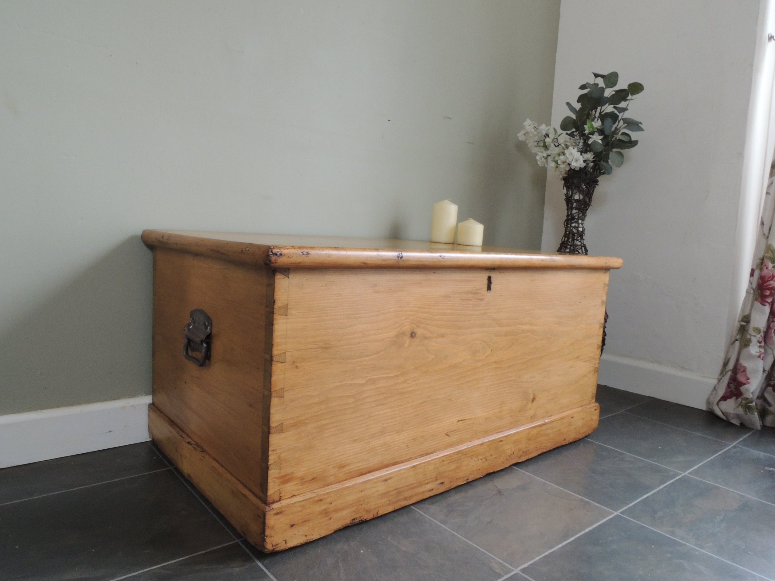lovely solid pine victorian blanket chest box storage with drawer