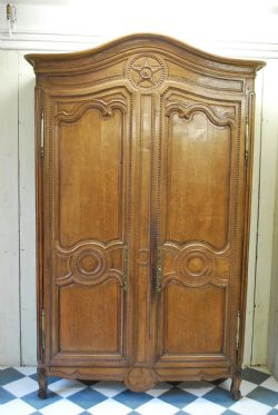 antique cupboards the uks largest antiques website - Antique Cupboard