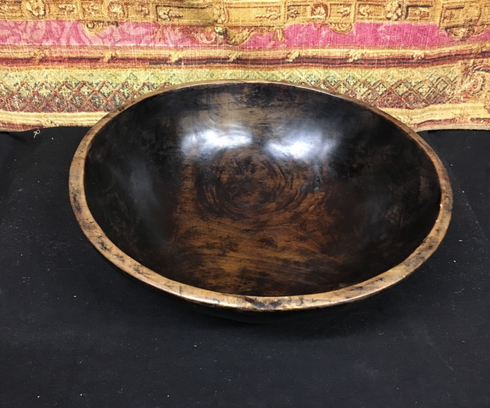 c18th sycamour turned bowl treen