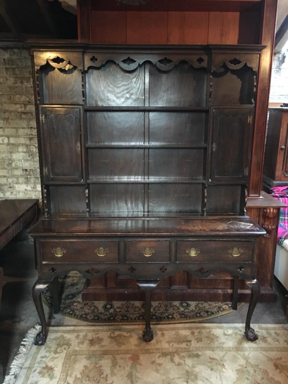 good sized oak dresser