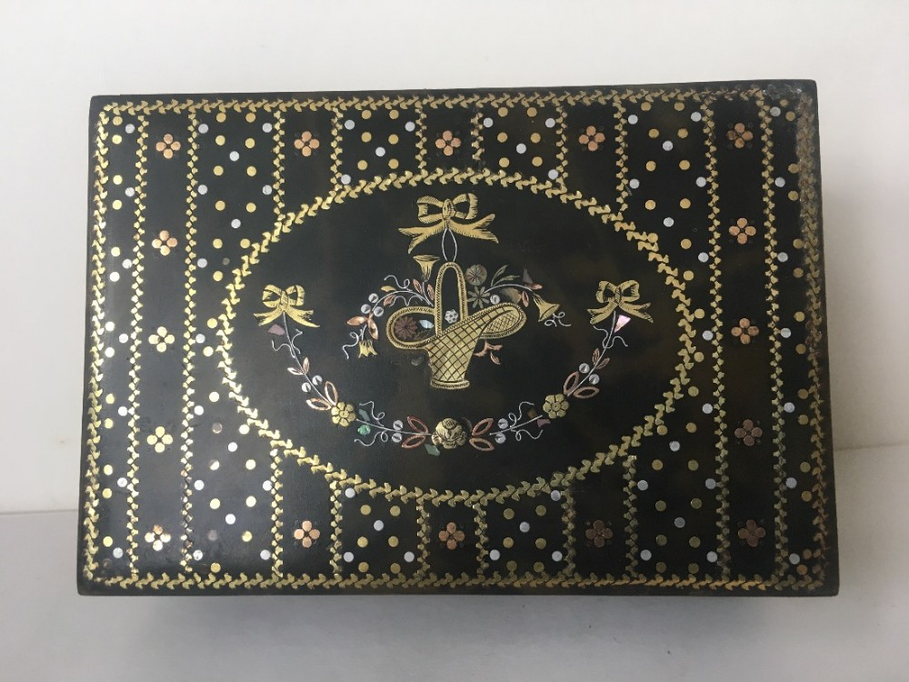 c19th tortoishell box inlaid with gold and silver