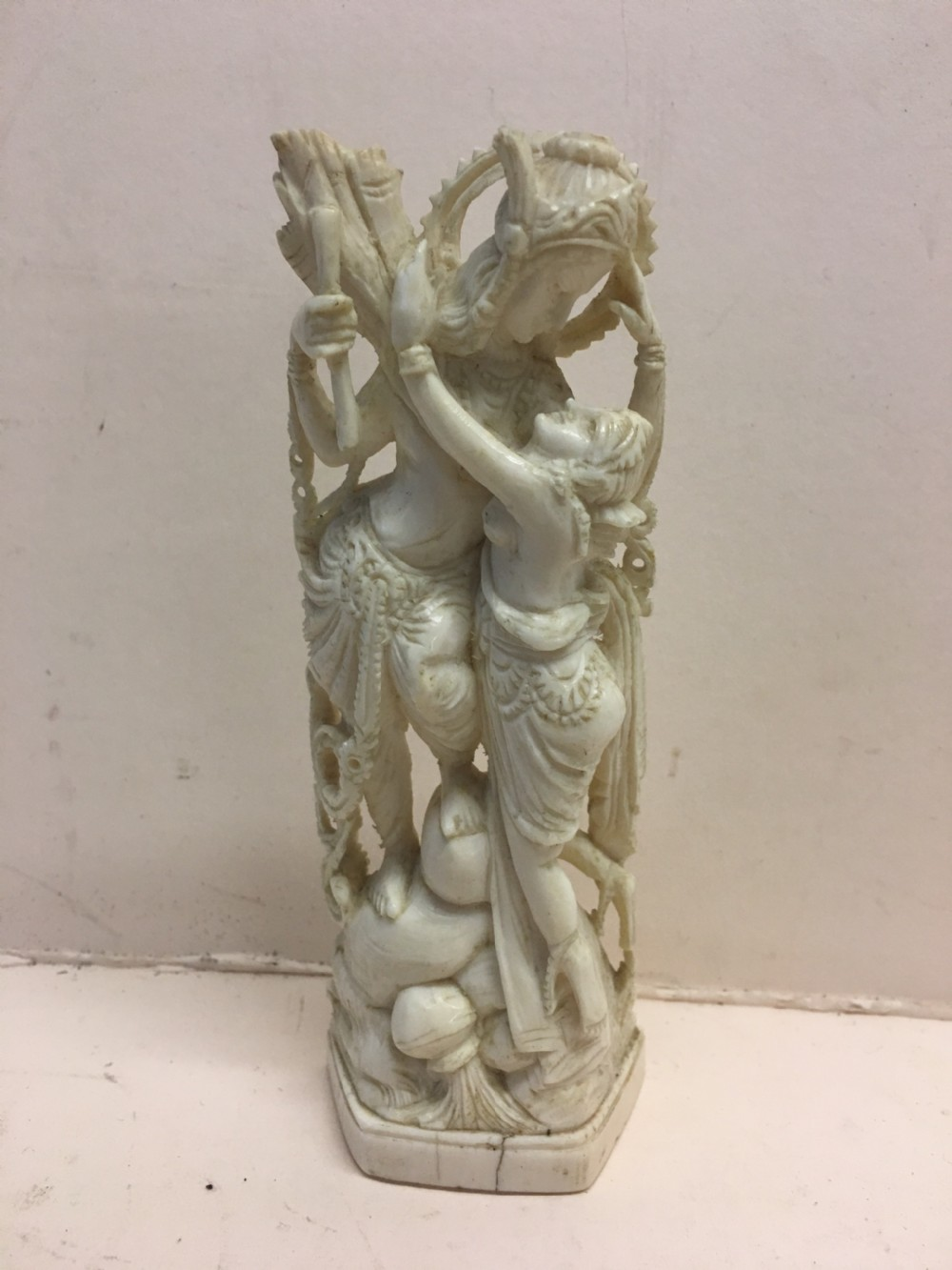 edwardian period ivory carving of a couple embracing
