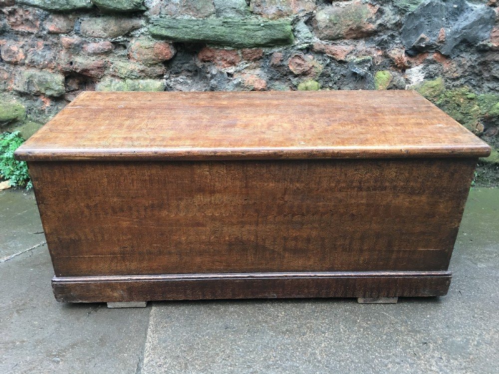 c19th scumble grained pine blanket box