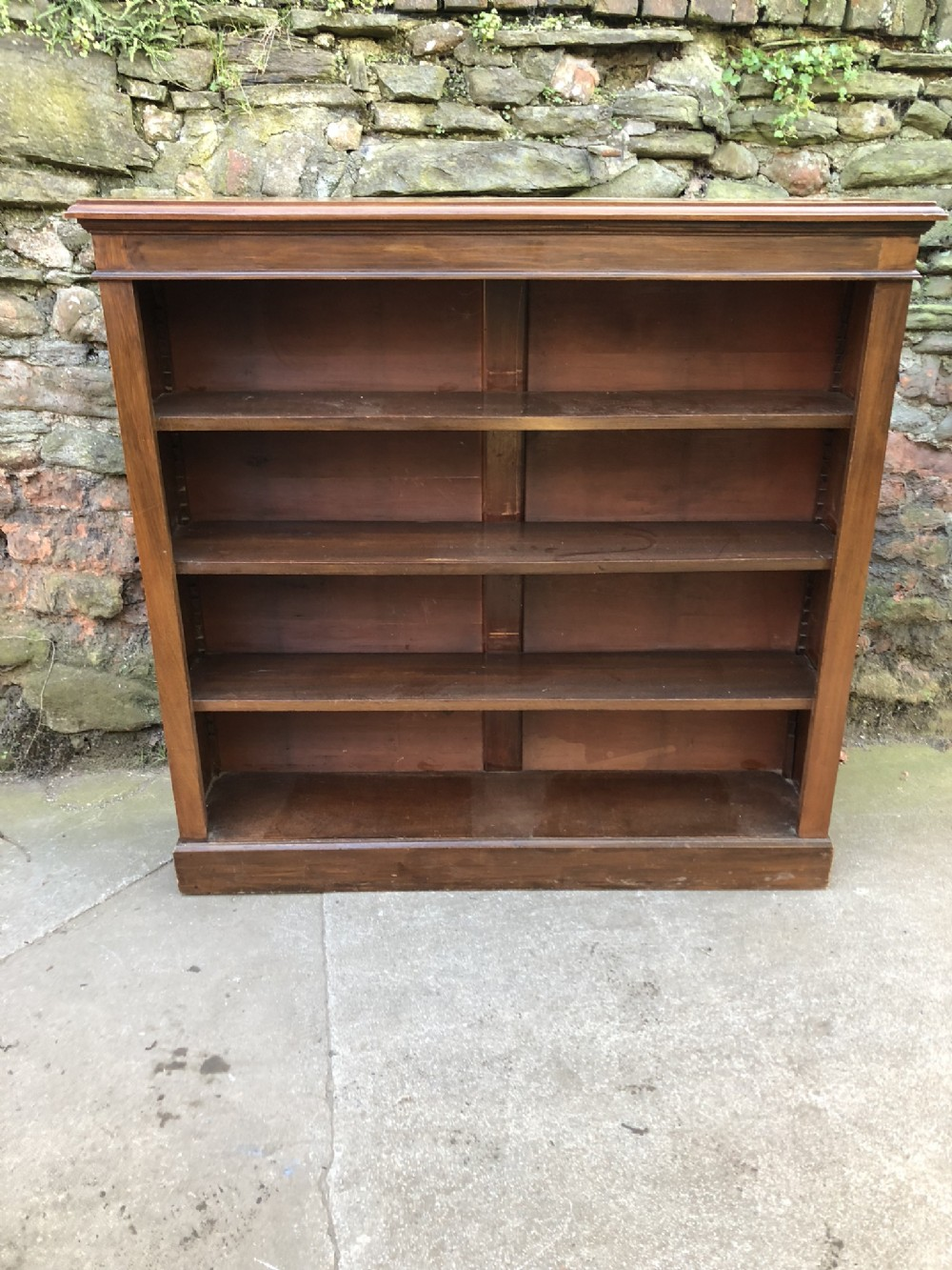 c19th walnut bookcase with adjustable shelves