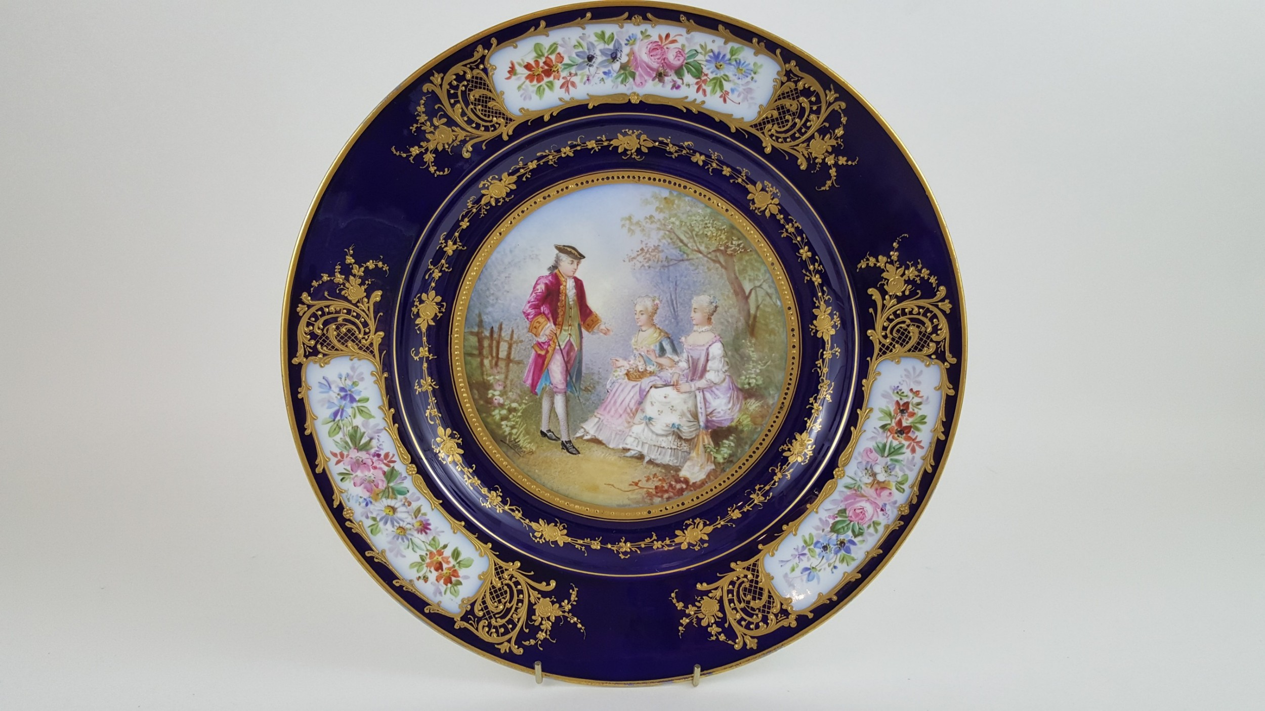 19th century signed serve plaque with raised gold