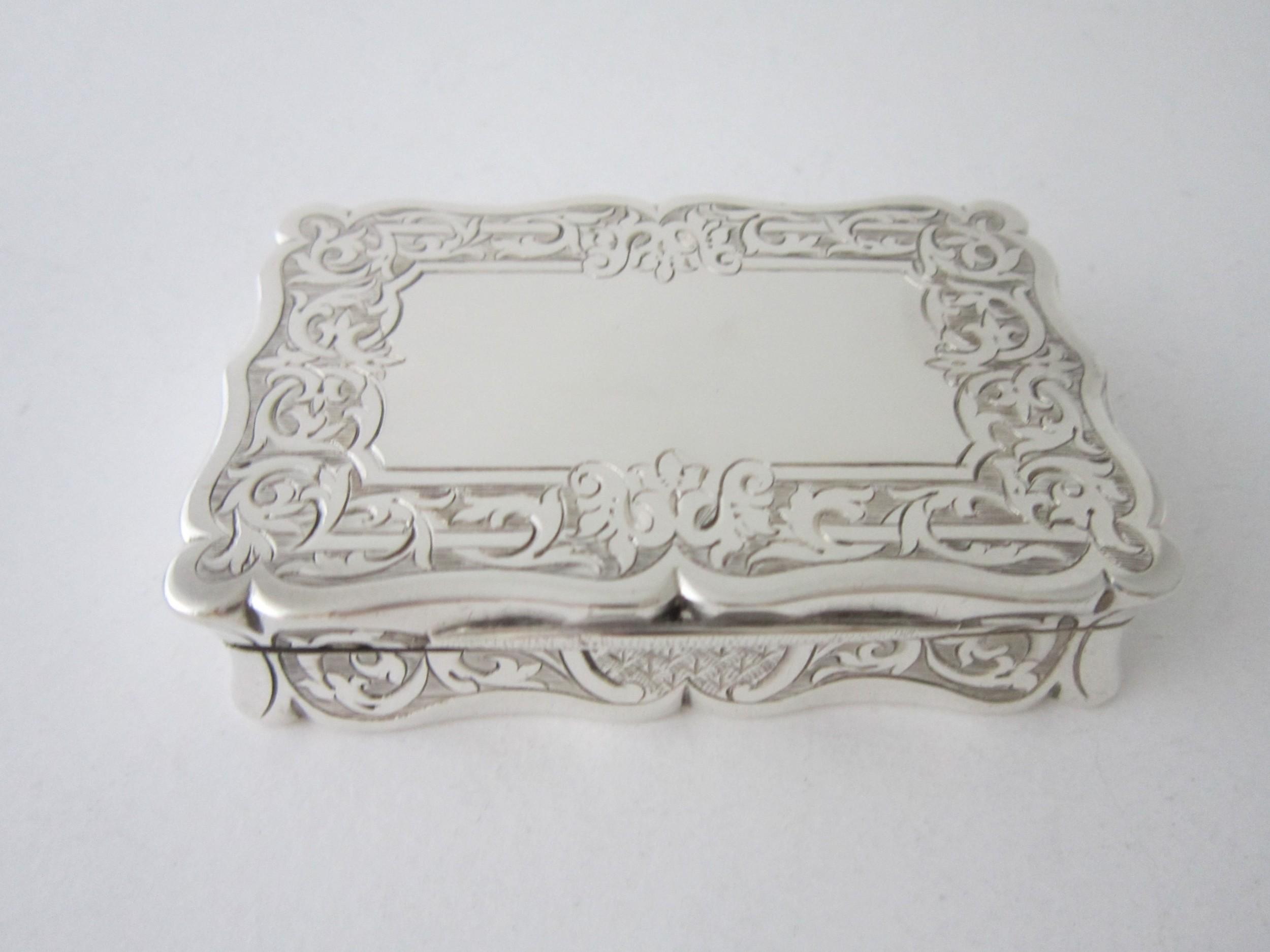 victorian sterling silver snuff box