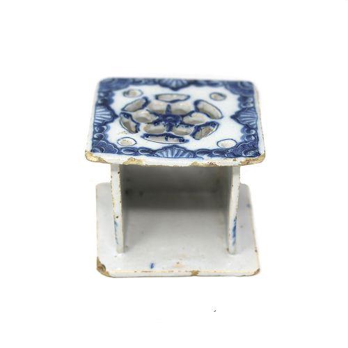 dutch delft blue white miniature stove