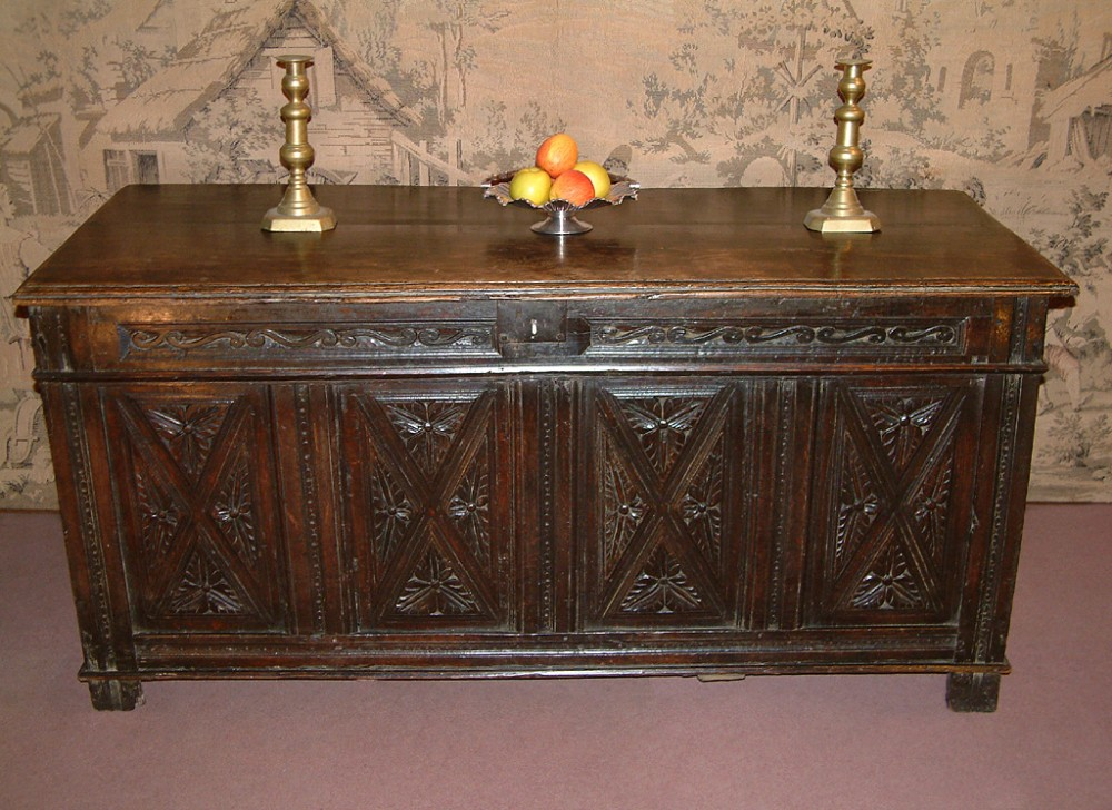 early 17th century oak coffer c 1620