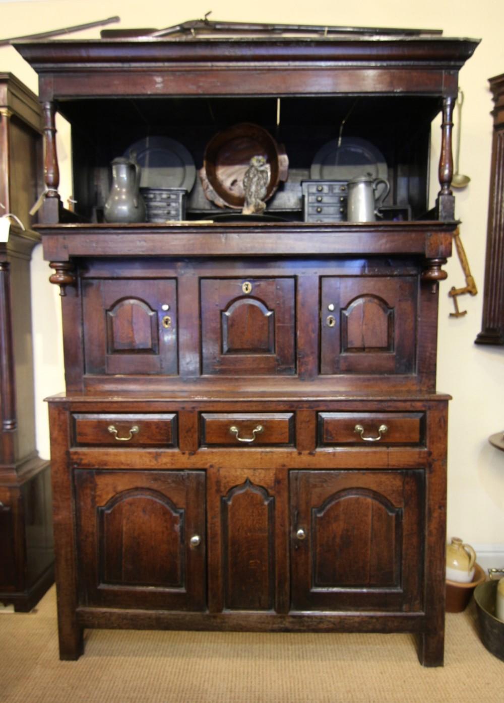 fine 18th century welsh oak tridarn cupboarddresser