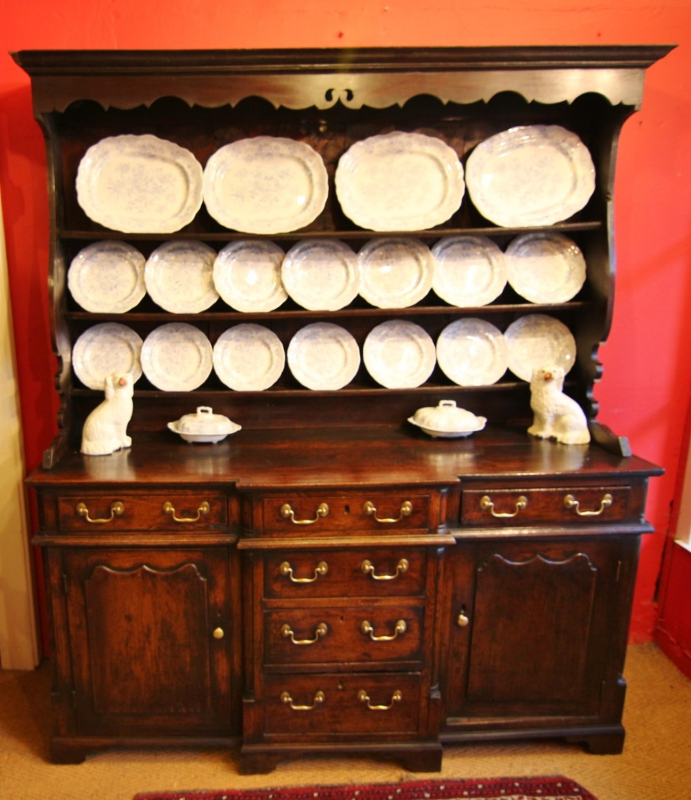 fine welsh 18th century breakfront oak dresser from snowdonia region