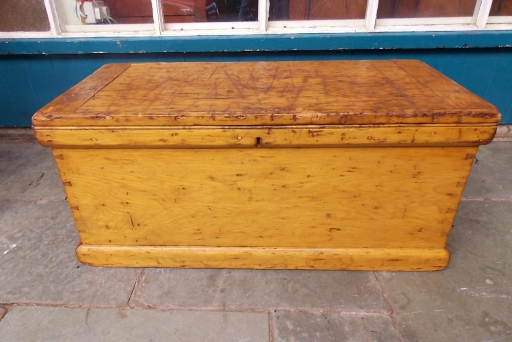 georgian pine tool chest or box