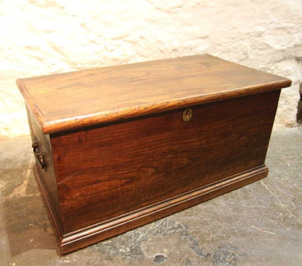 elm chest or box