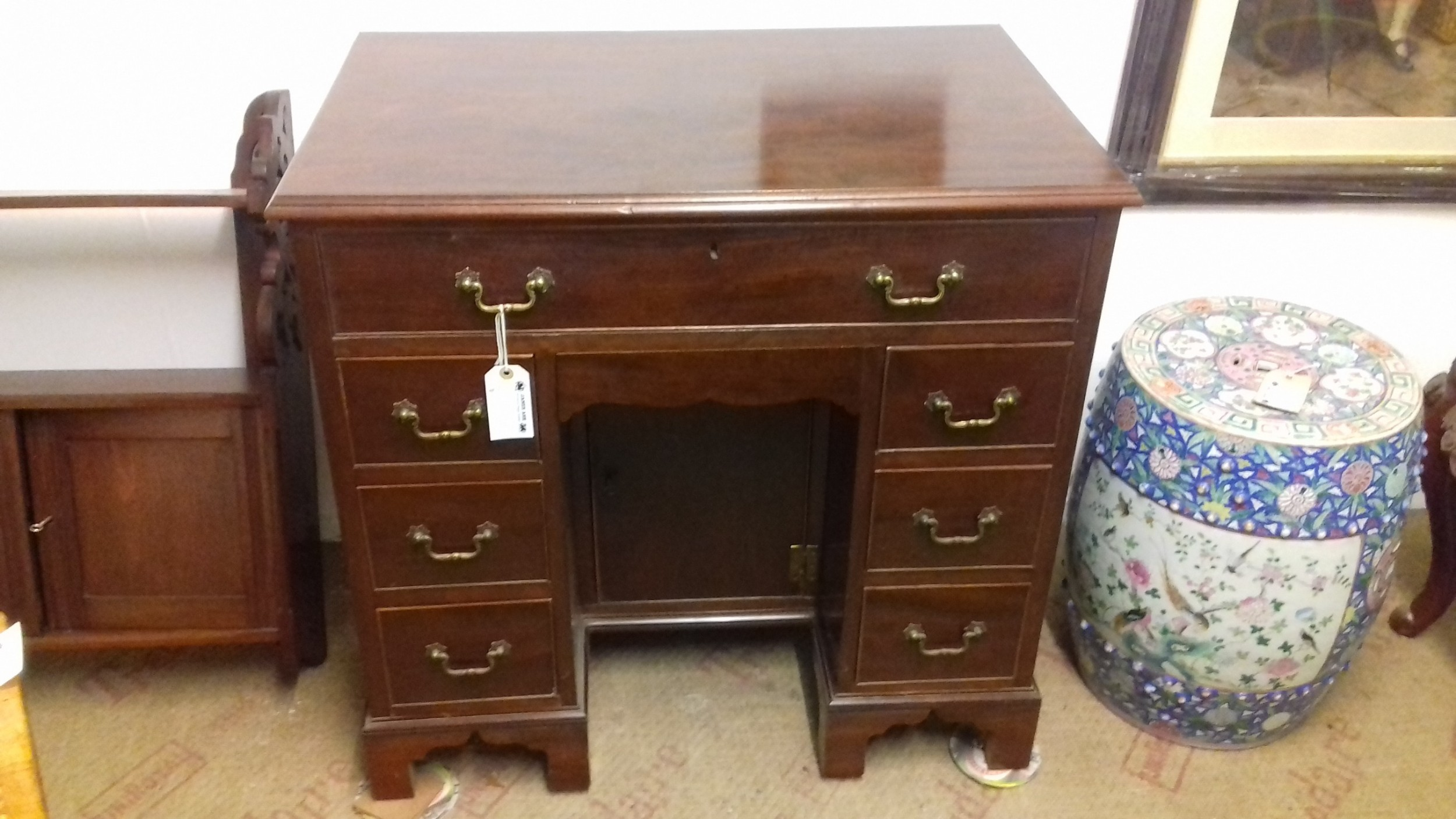 mahogany ladies desk shaped dressing table