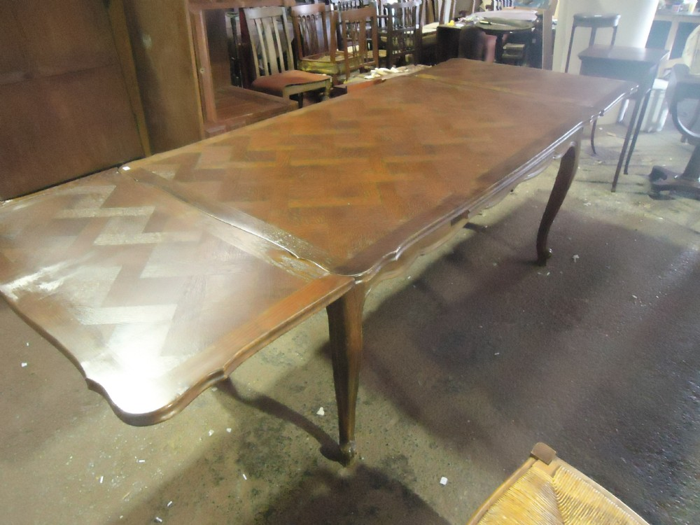 French Early 20th Century Oak Parquetry Dining Table 273698