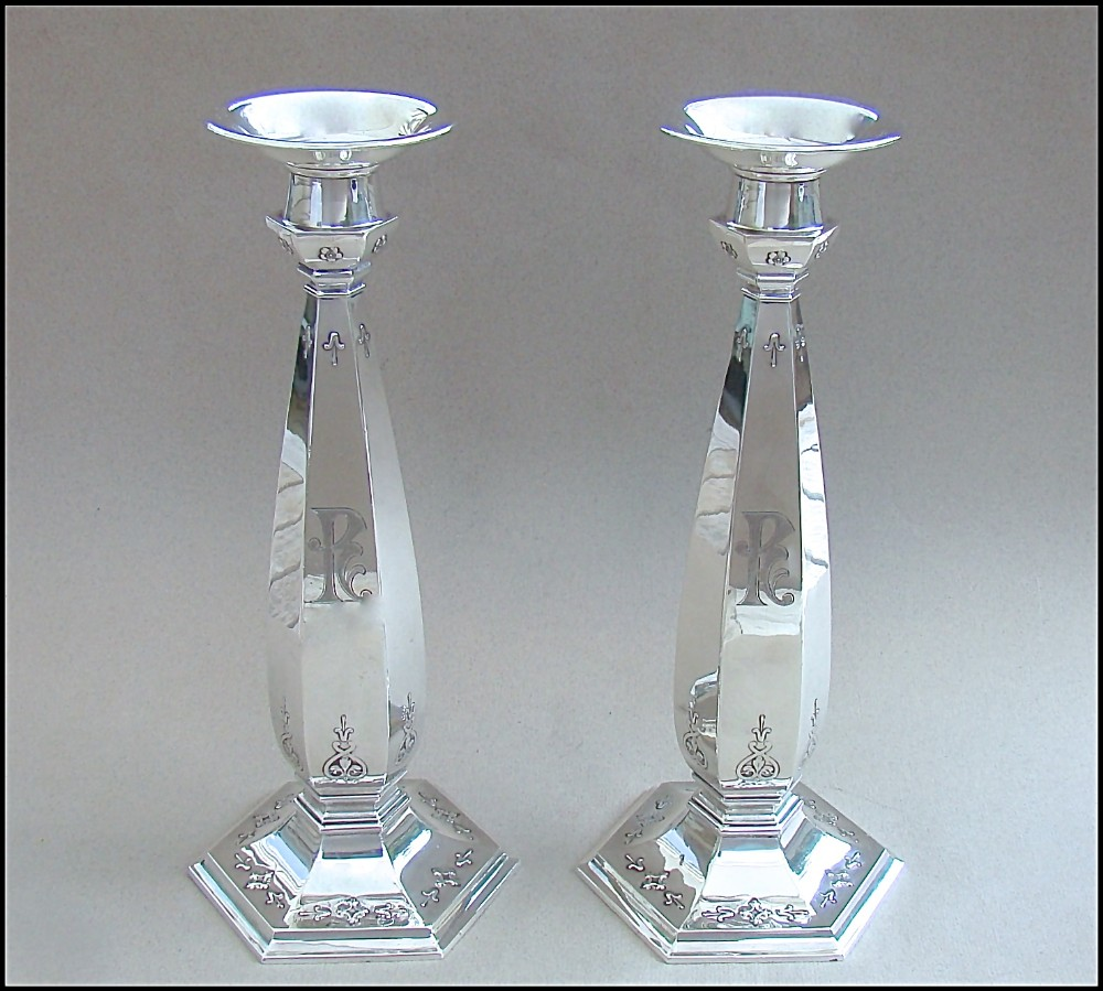 pair of american sterling silver candlesticks by the whiting manufacturing company new york 1919