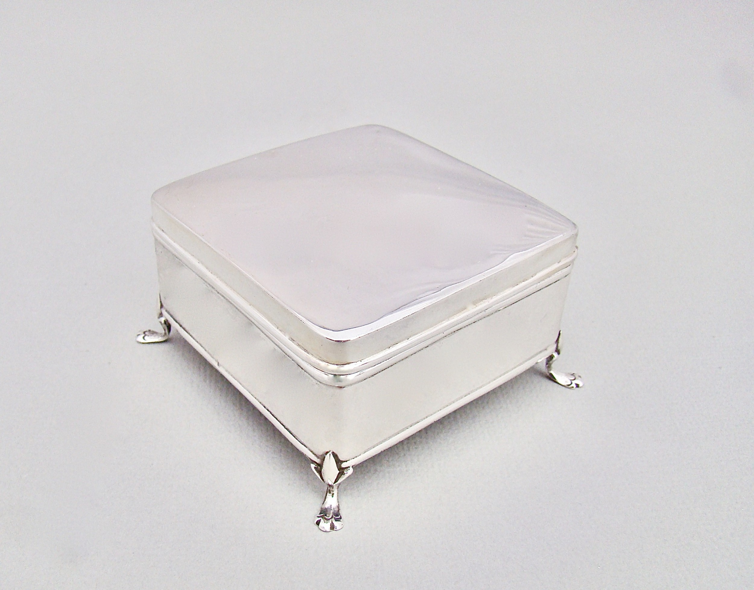 art deco solid silver jewellery box by james deakin sons chester 1920