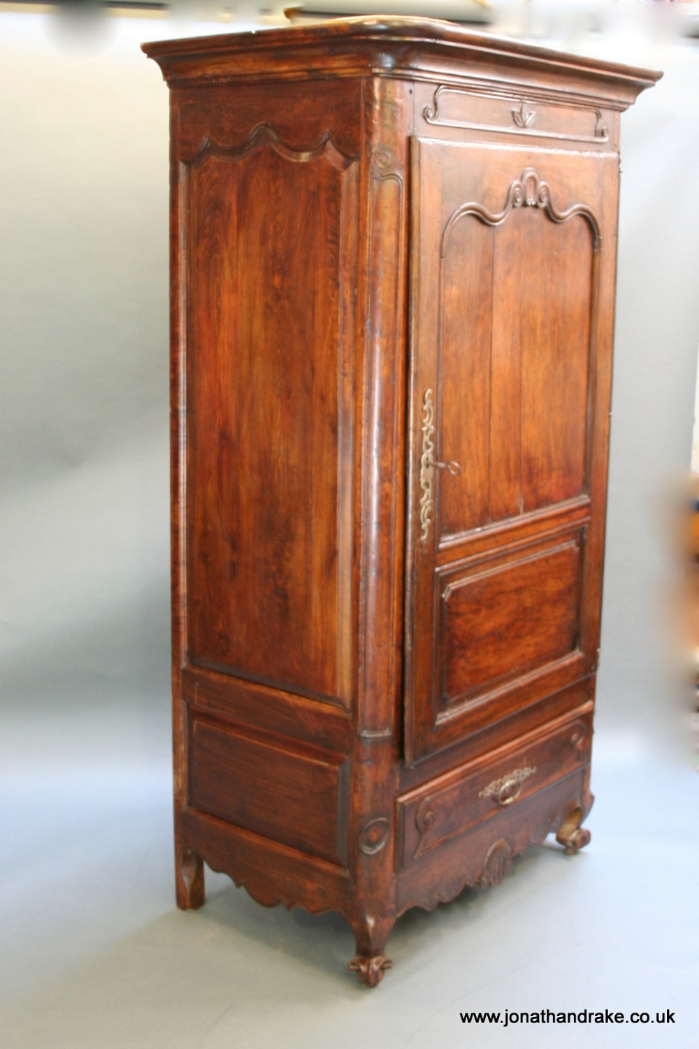 french walnut bonnetiere armoire 430472. Black Bedroom Furniture Sets. Home Design Ideas