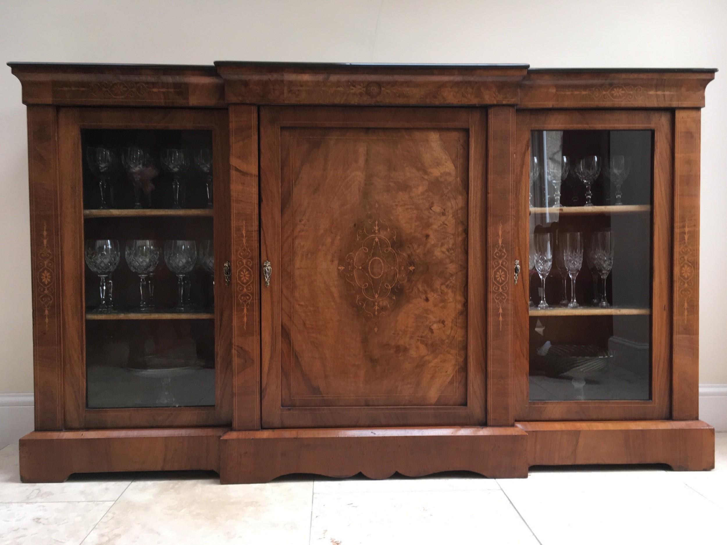 La Credenza Uk : Mahogany inlaid breakfront cabinet bookcase credenza 534410