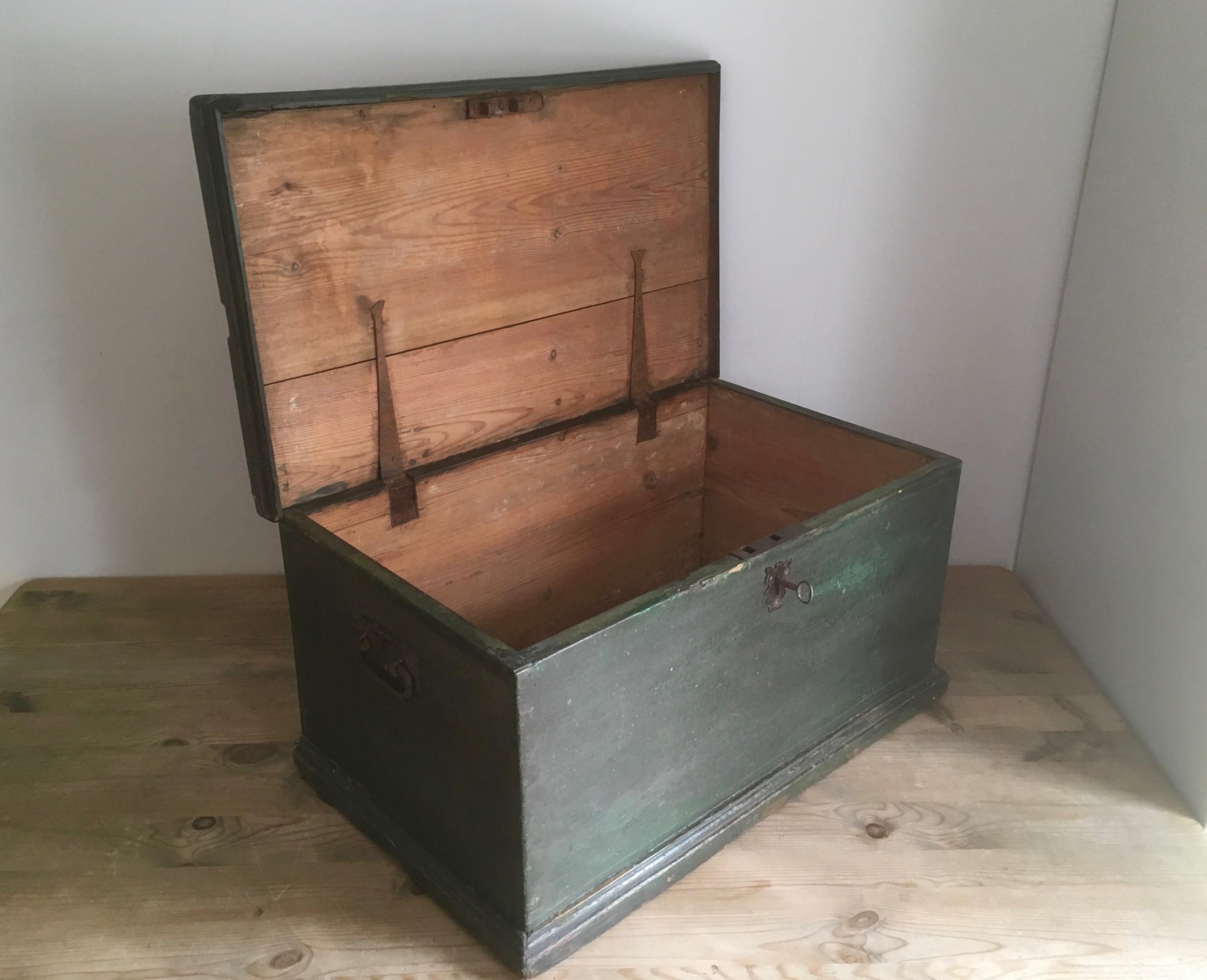 original painted pine box