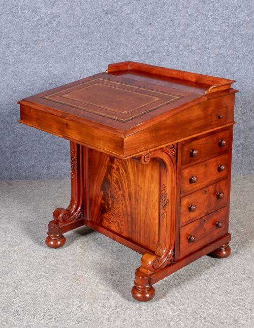 antique good quality scottish davenport