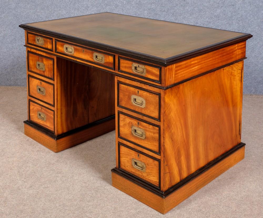 major whitmore's superior quality campaign desk