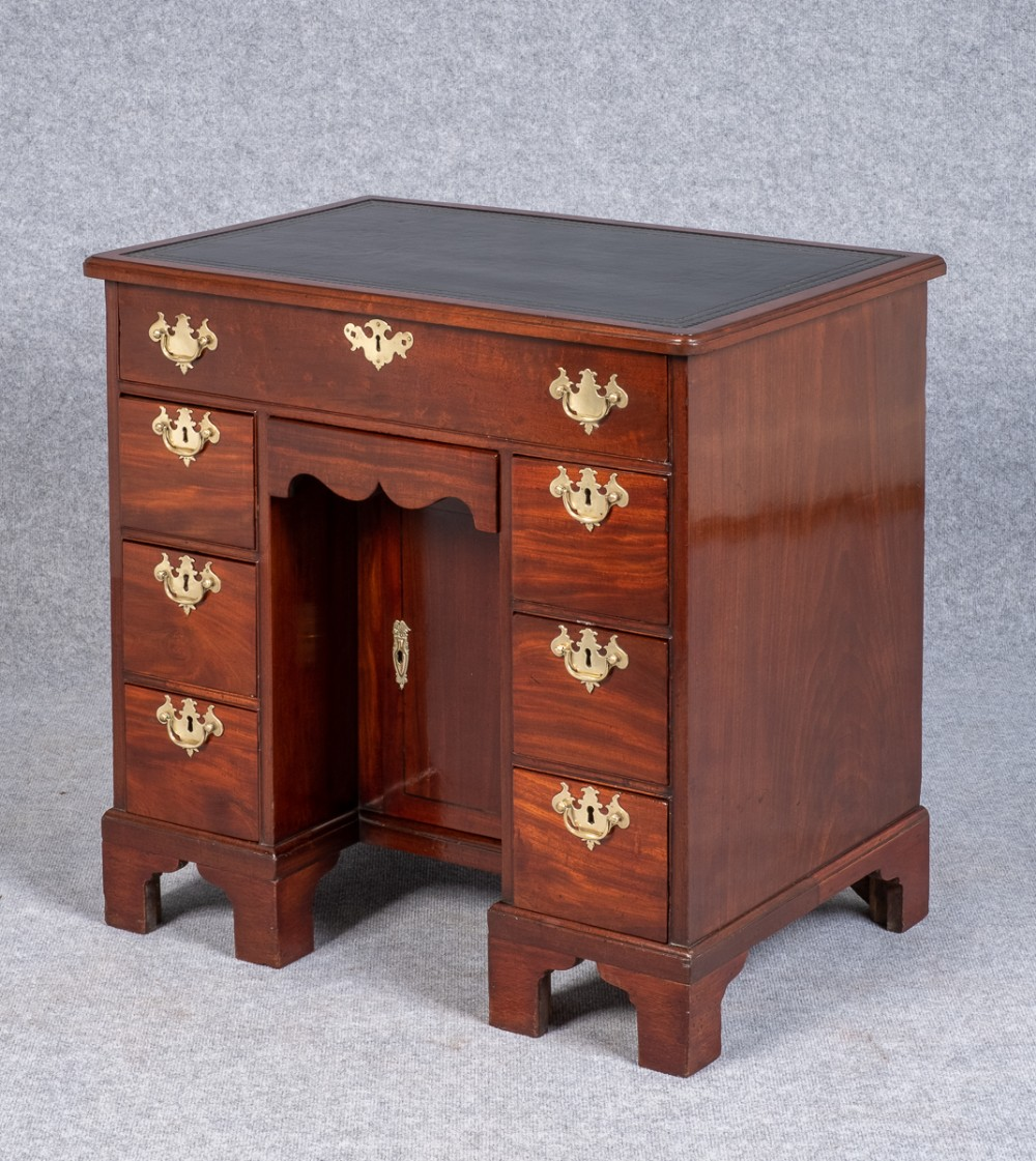 small 18thc georgian mahogany desk