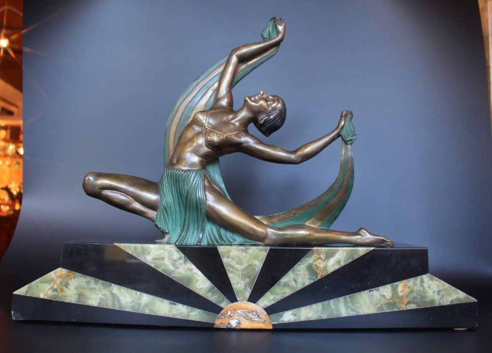 art deco sculpture by lormier circa 1925 298257. Black Bedroom Furniture Sets. Home Design Ideas