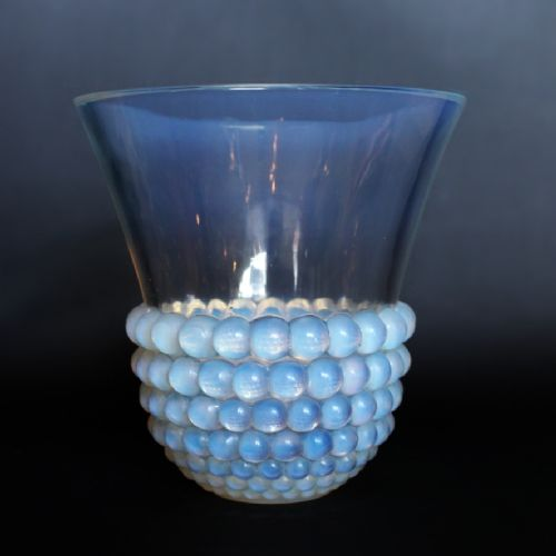 art deco lalique 'graines' vase circa 1935