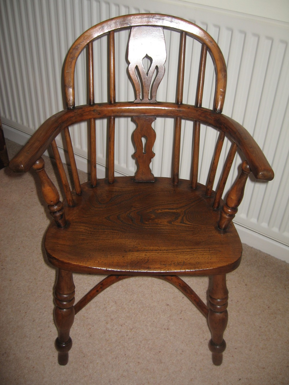 Childs yew wood windsor arm chair