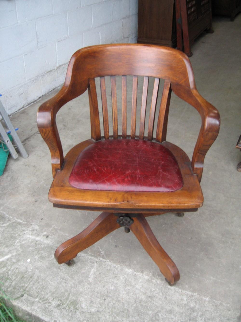 Oak swivel desk chair 336193 for Chair with swivel desk