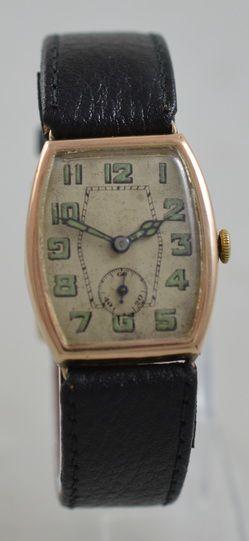 1936 9k gold wristwatch
