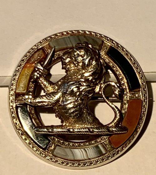 large superb victorian scottish silver agate rampant lion brooch