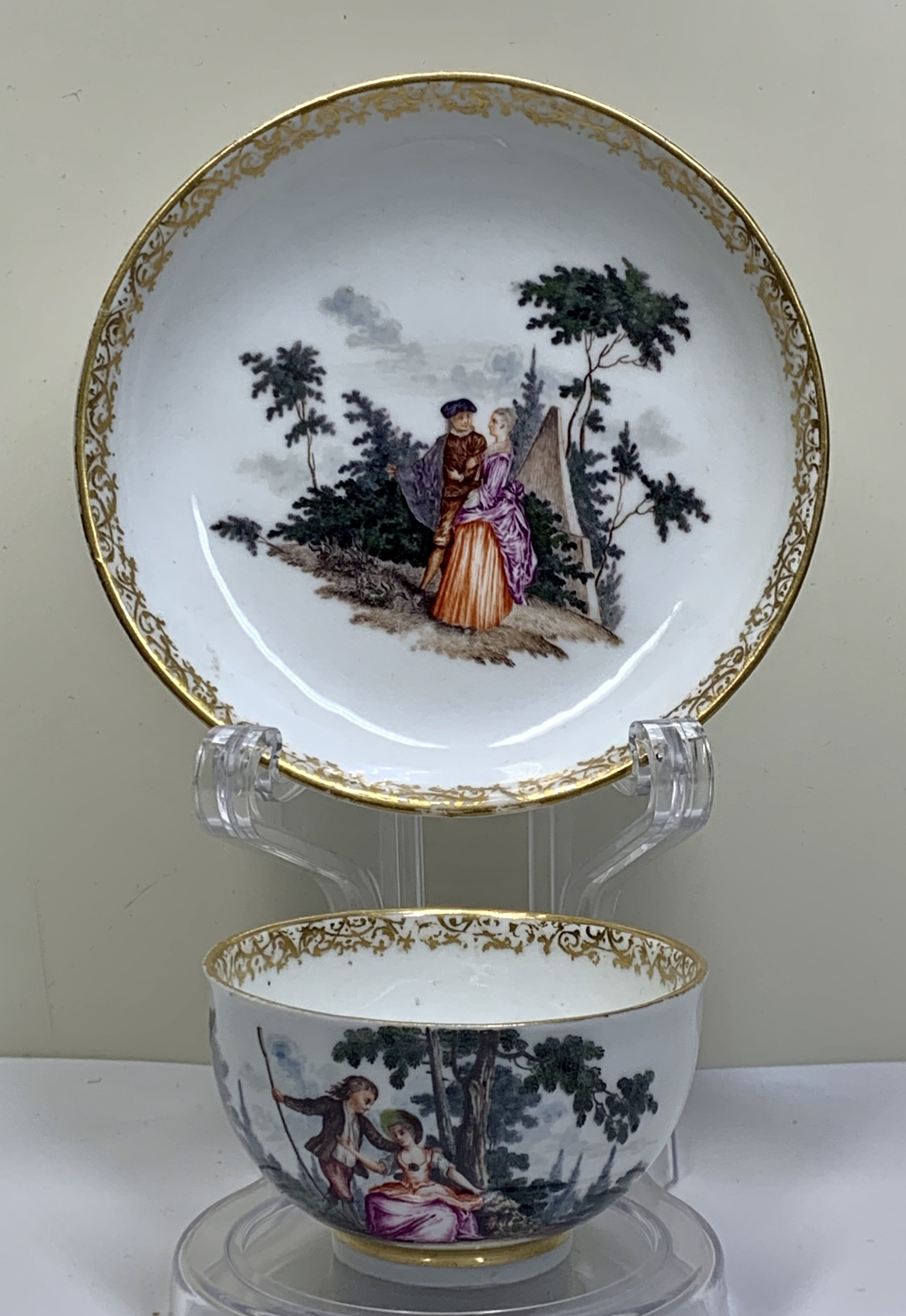 meissen watteauesque scenes teabowl and saucer circa 1740