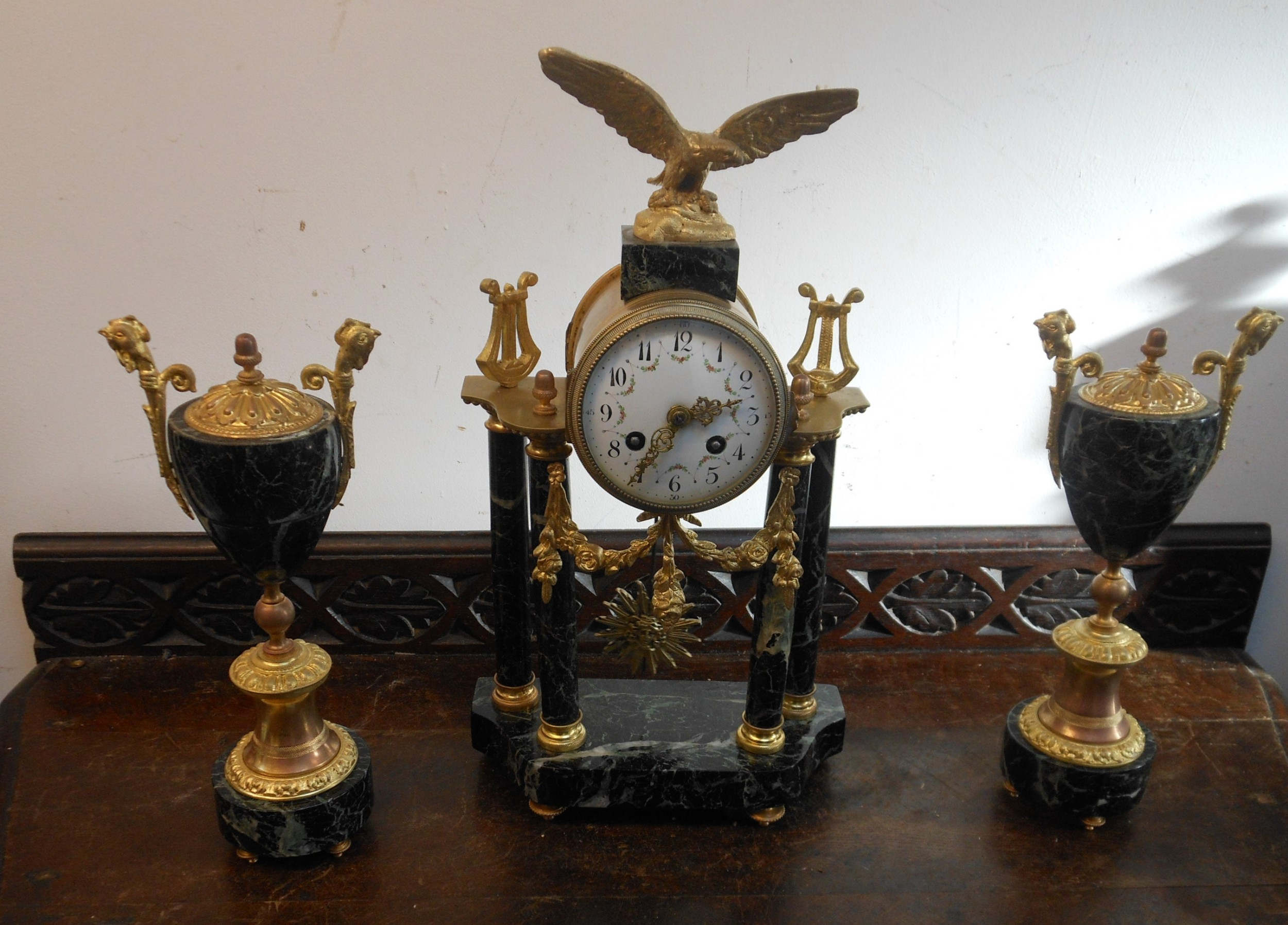 pretty french marble clock garniture with eagle surmount c1900s