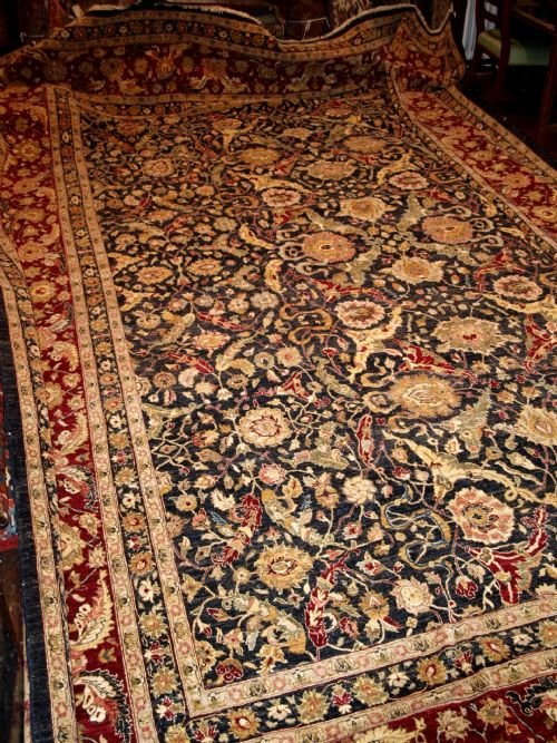 large room size carpet agra design perfect condition