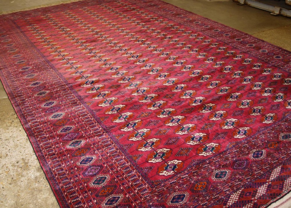 old turkmen carpet of very large size superb condition and colour circa 1920