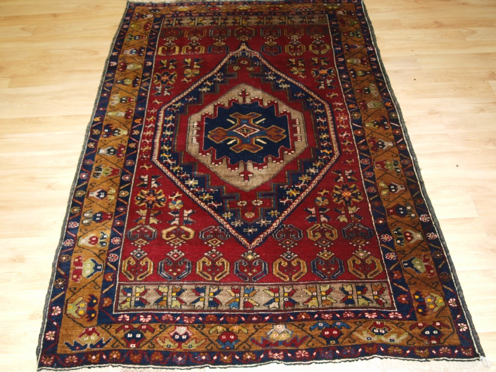 old turkish anatolian yahyali rug classic design and great colour circa 1920