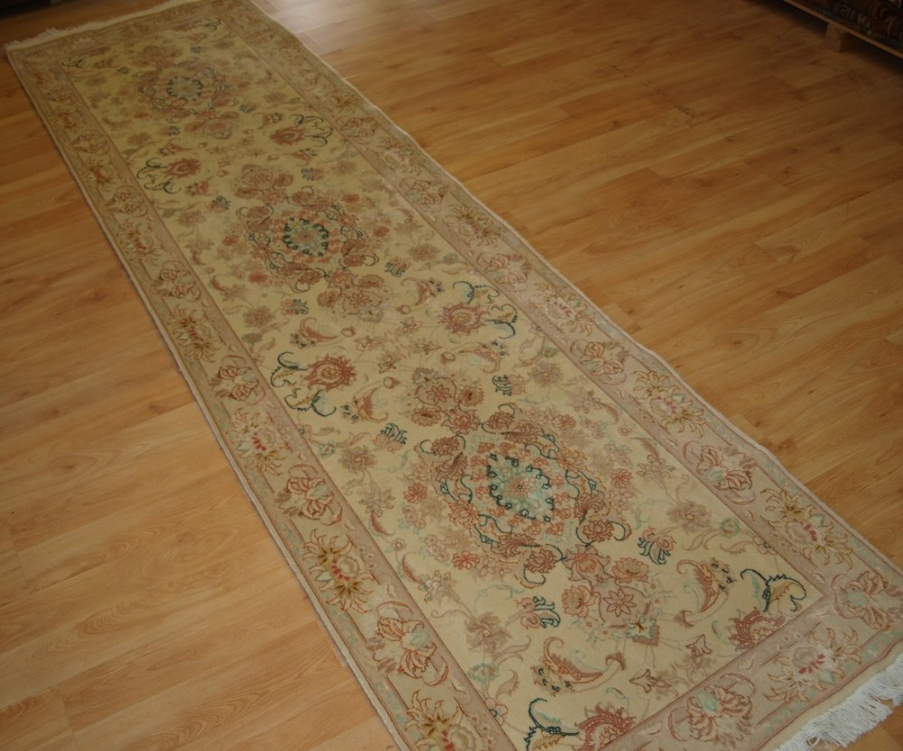 persian tabriz runner fine wool and silk soft pastel colours perfect condition