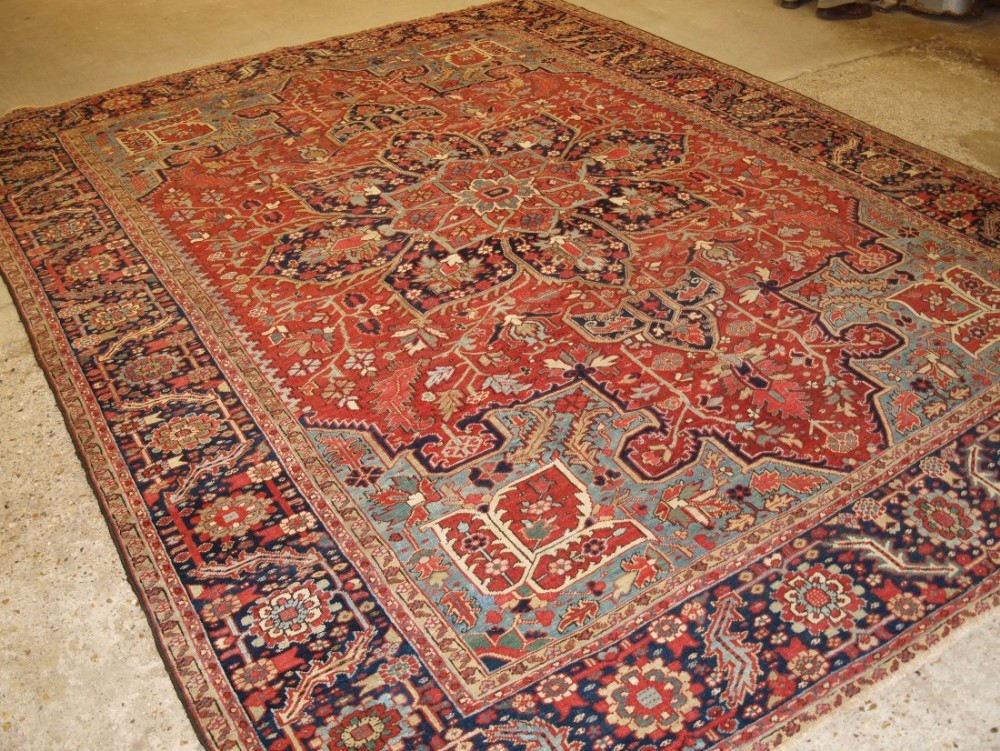 antique persian heriz carpet with soft pastel colours great condition ideal furnishing carpet circa 1900