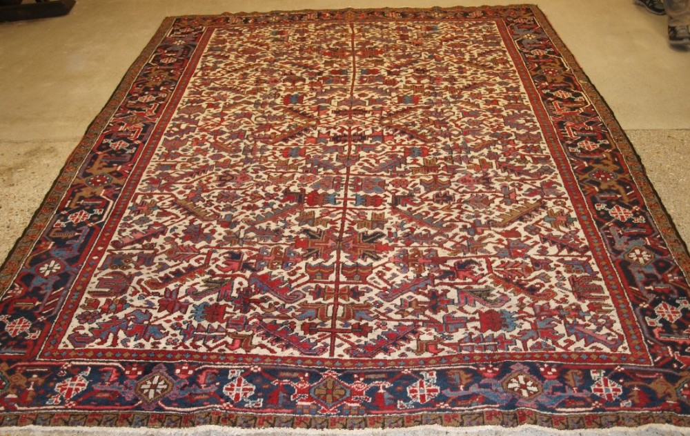 old persian heriz carpet with all over design on ivory ground great condition ideal furnishing carpet circa 1920