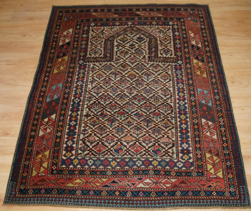 antique caucasian daghestan floral lattice prayer rug late 19th century