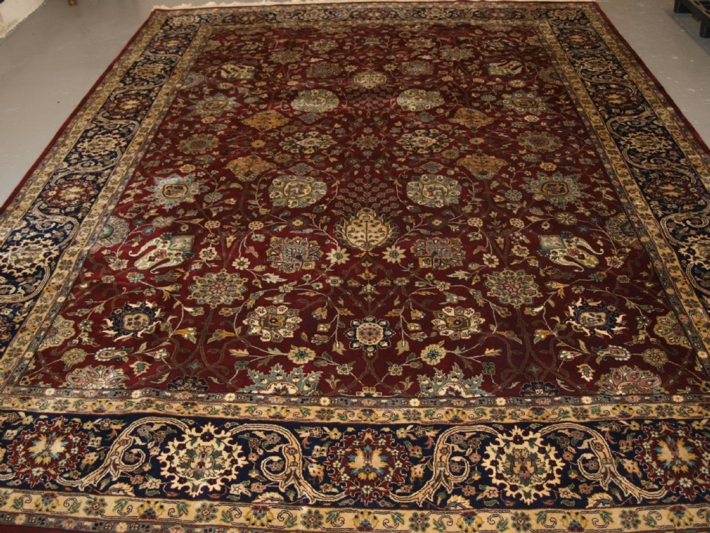 old indian agra carpet with persian vase design perfect condition about 20 years old