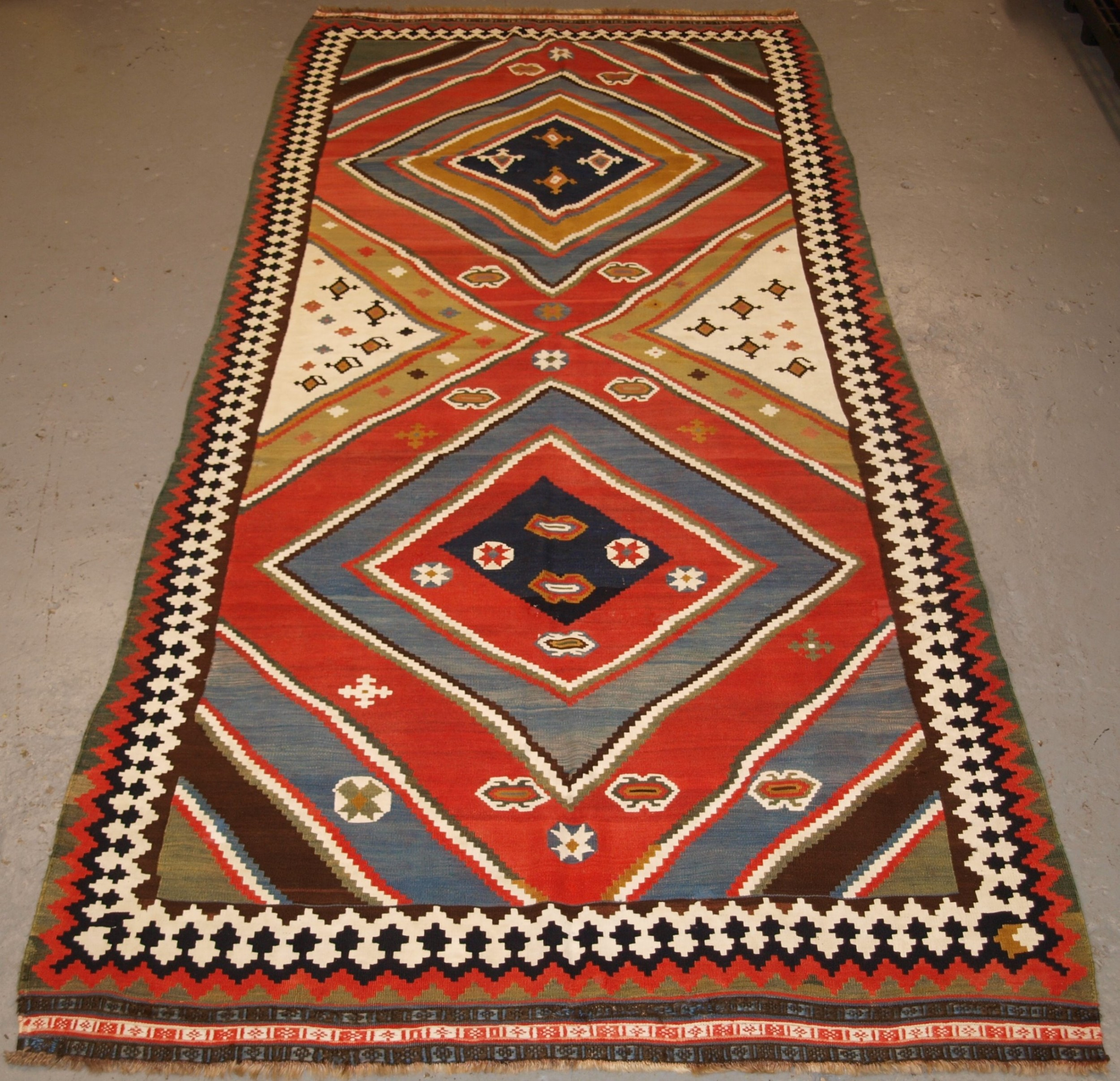 antique south west persian qashqai kilim bold graphic design great colour late 19th century