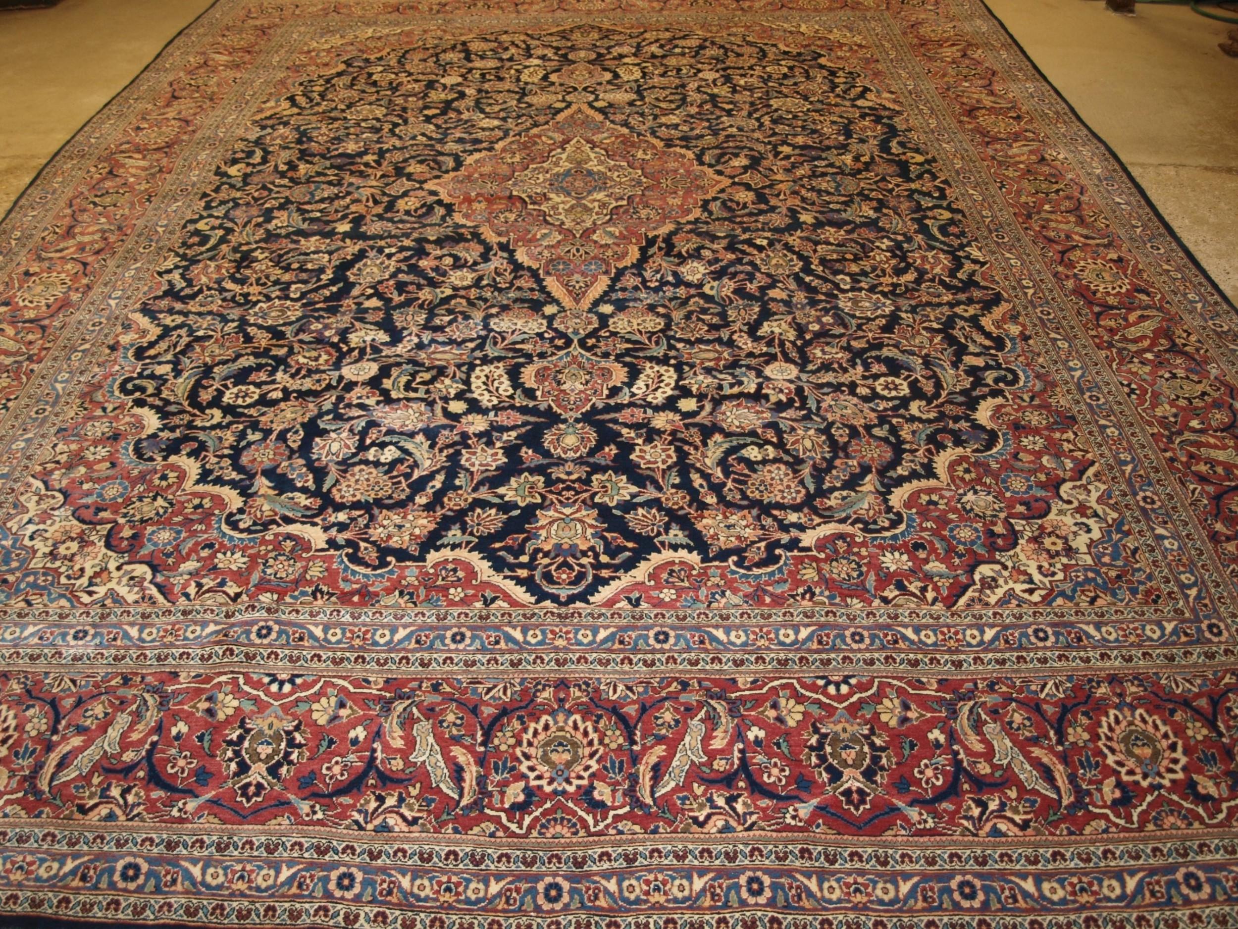 antique persian kashan carpet of classic medallion design circa 190020